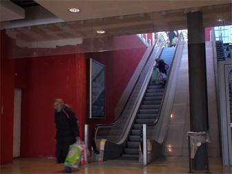 escalator 8